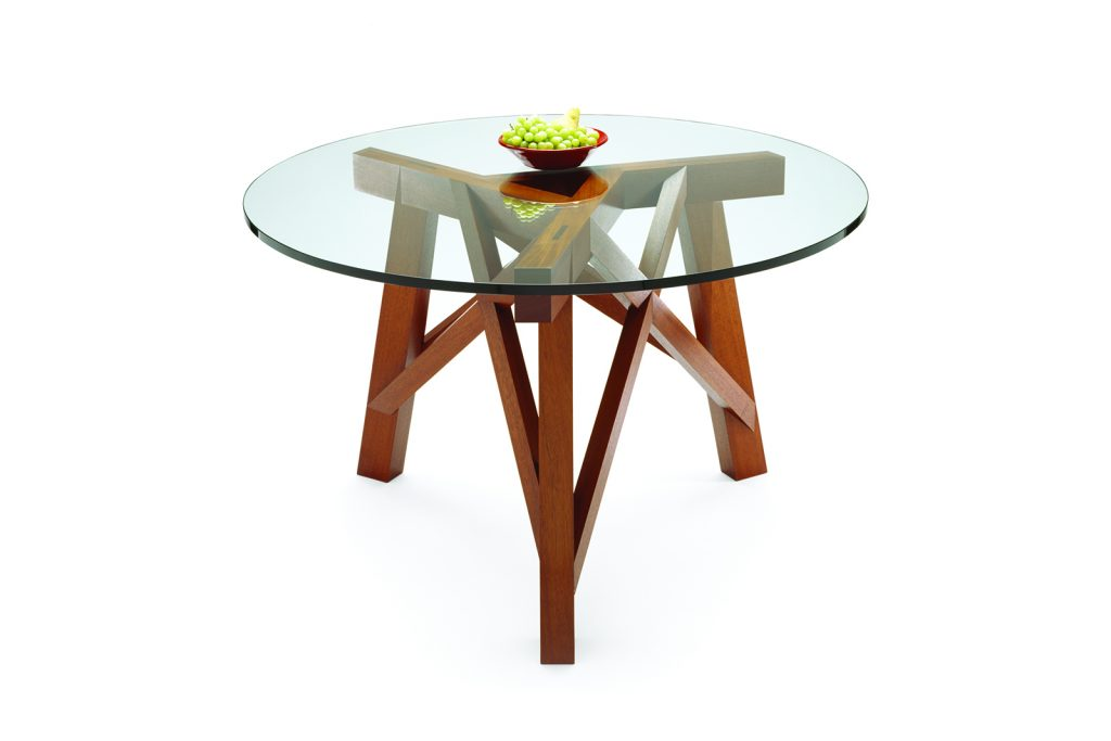 Charpente Tripod Table