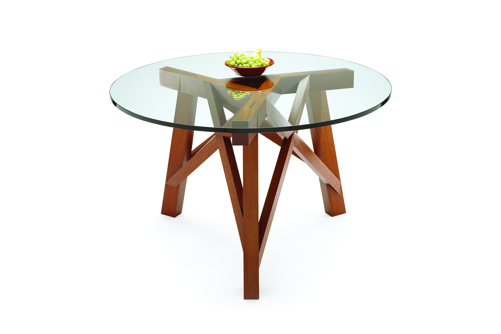 Charpente Tripod Dining Ttable