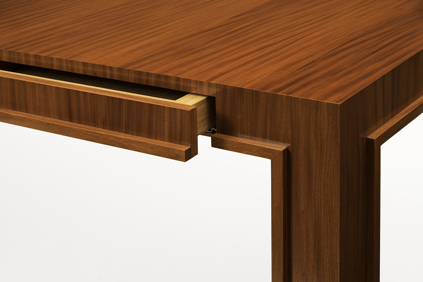 Desk In Incienso Wood