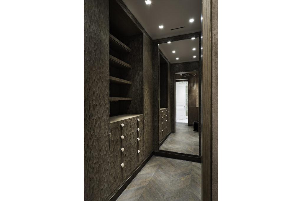 Dressing Room in Gouged Oak