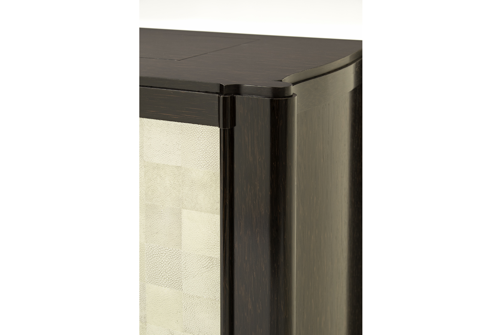 Shagreen & Palmwood Tv Lift Cabinet